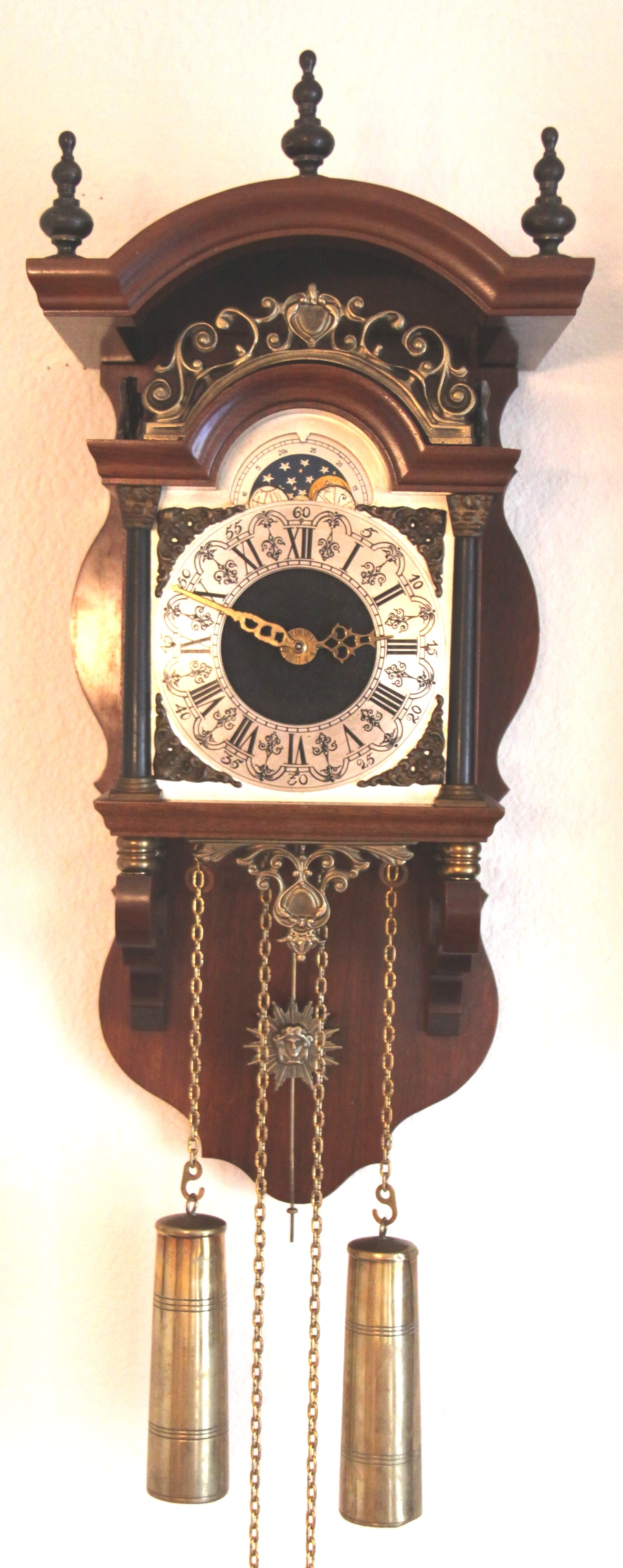 Dutch Clocks Due Time